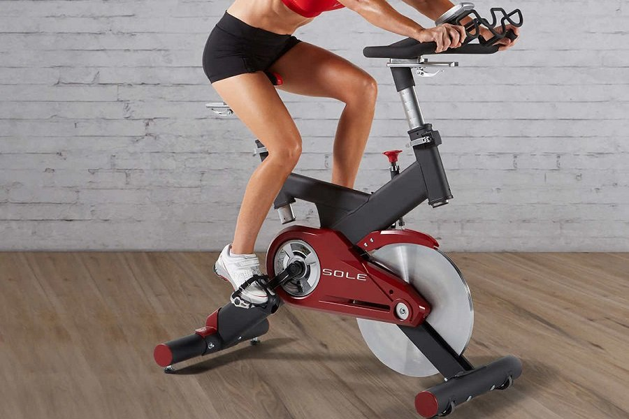 Sole-Fitness-SB700-Stationary-Exercise-Bike